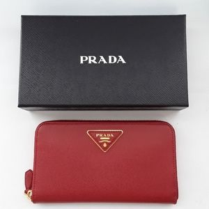 Prada Saffiano 1M0506 red textured Leather wallet